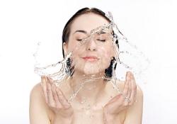 profesionalna-kozmetika-s-hidratirashto-deistvie